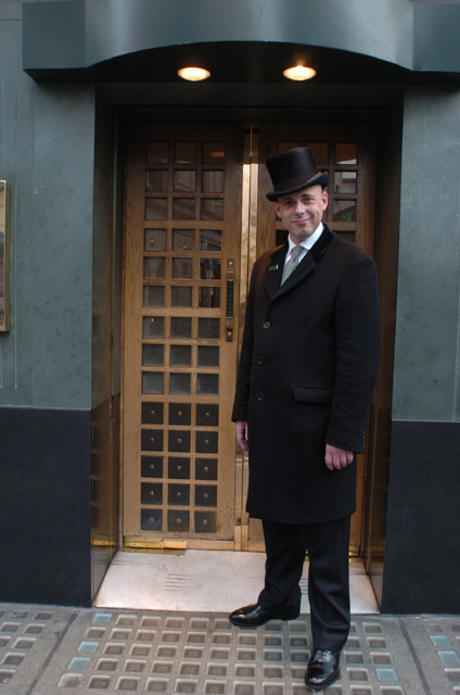 Dinning With The Doorman  sc 1 st  KCFoodGuys.com & Dinning With The Doorman - KCFoodGuys.com